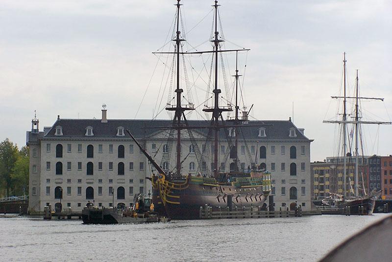 boottocht rondvaart amstel langs scheepvaartmuseum