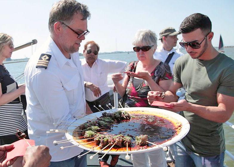 catering bedrijfsfeest op boot amsterdam zaandam