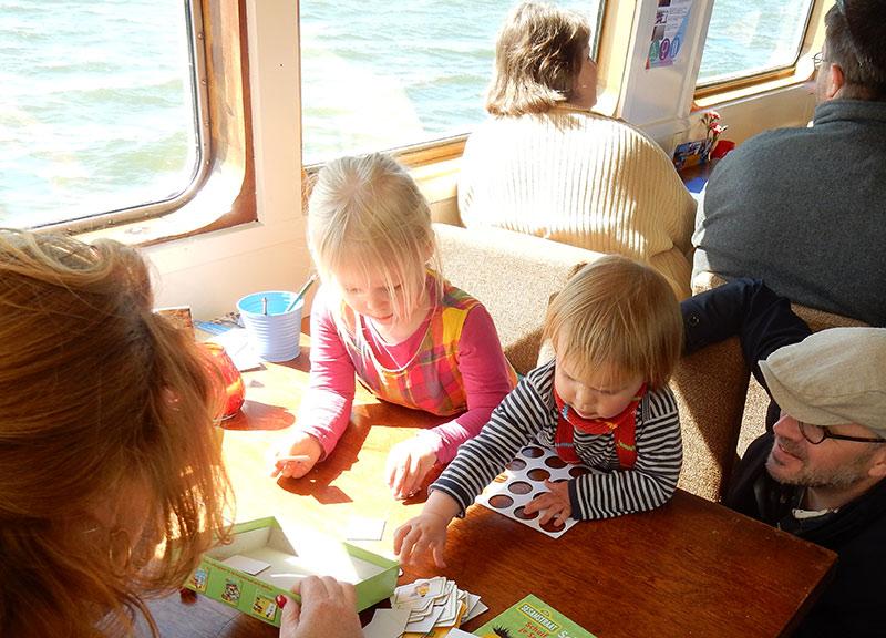 dagje uit zomer met gezin met boot naar enkhuizen zuiderzeemuseum