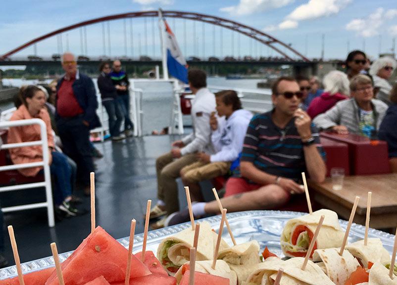 borrelhapjes-uitje-boot-pinksteren-2018