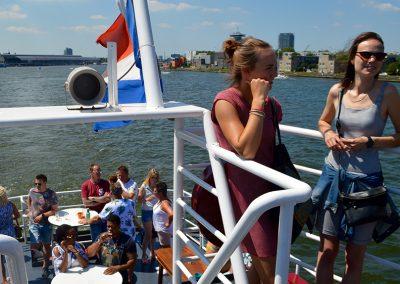 bedrijfsborrel organiseren op boot amsterdam