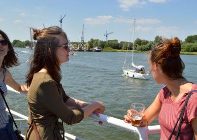 er-op-uit-zomer-amsterdam-varen