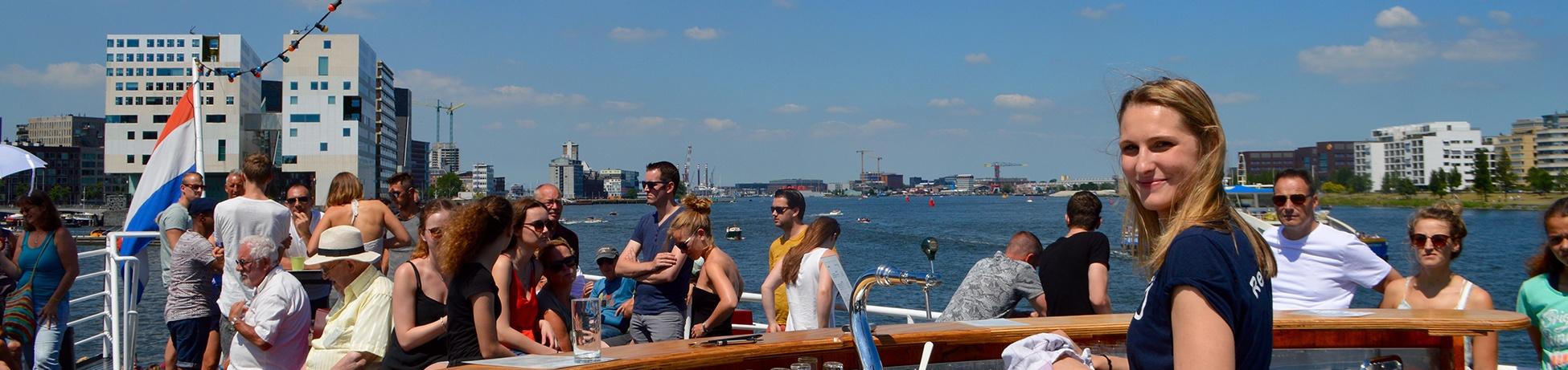 Boot Huren Amsterdam met buitenbar