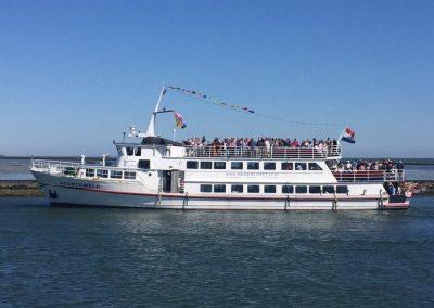Stortemelk boot huren 75 tot 350 personen