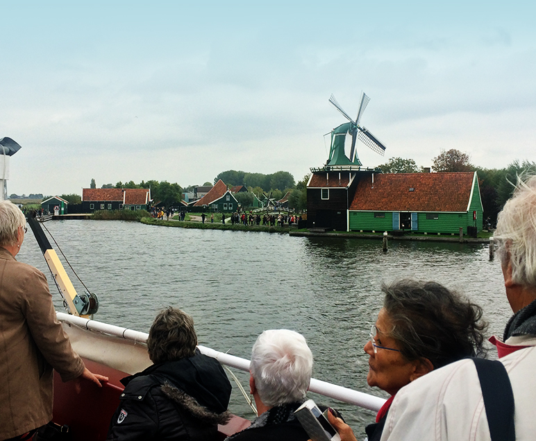 groepsuitje met boot naar zaanse schans