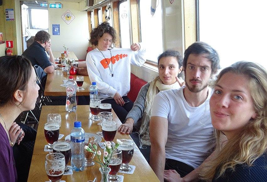 groepsuitje bierproeverij boot