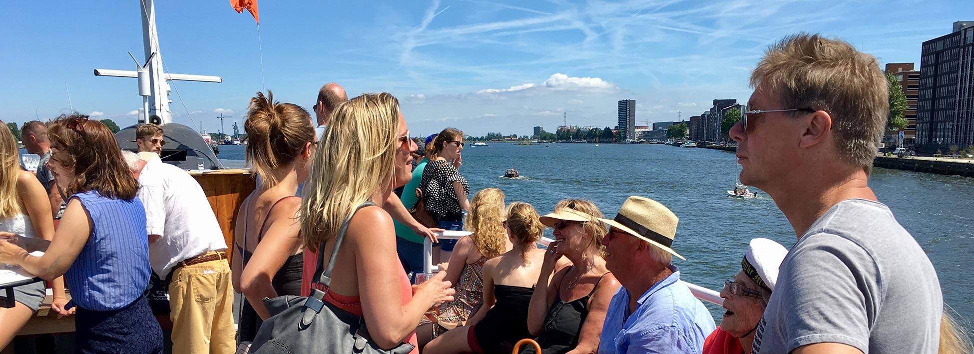 Boot huren op het IJ Amsterdam